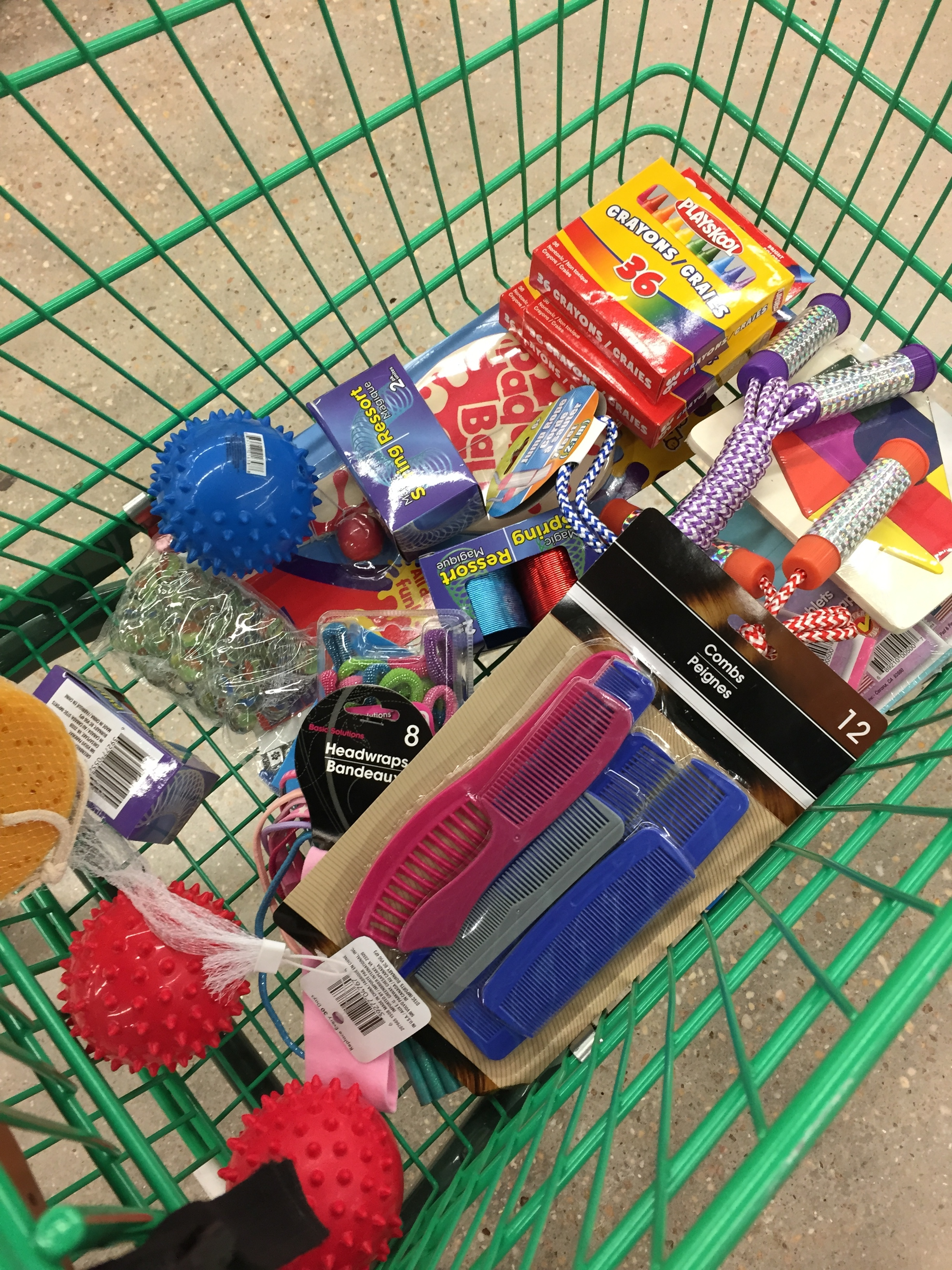 shopping for occ - Operation Christmas Child Ideas